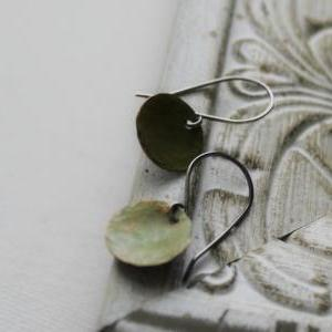 Hammered Copper Disc Earrings in Pa..